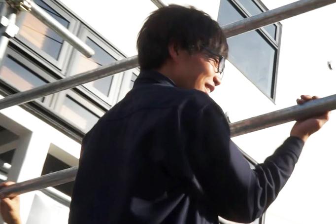 大久保恒産で働く番頭脇田さんの写真